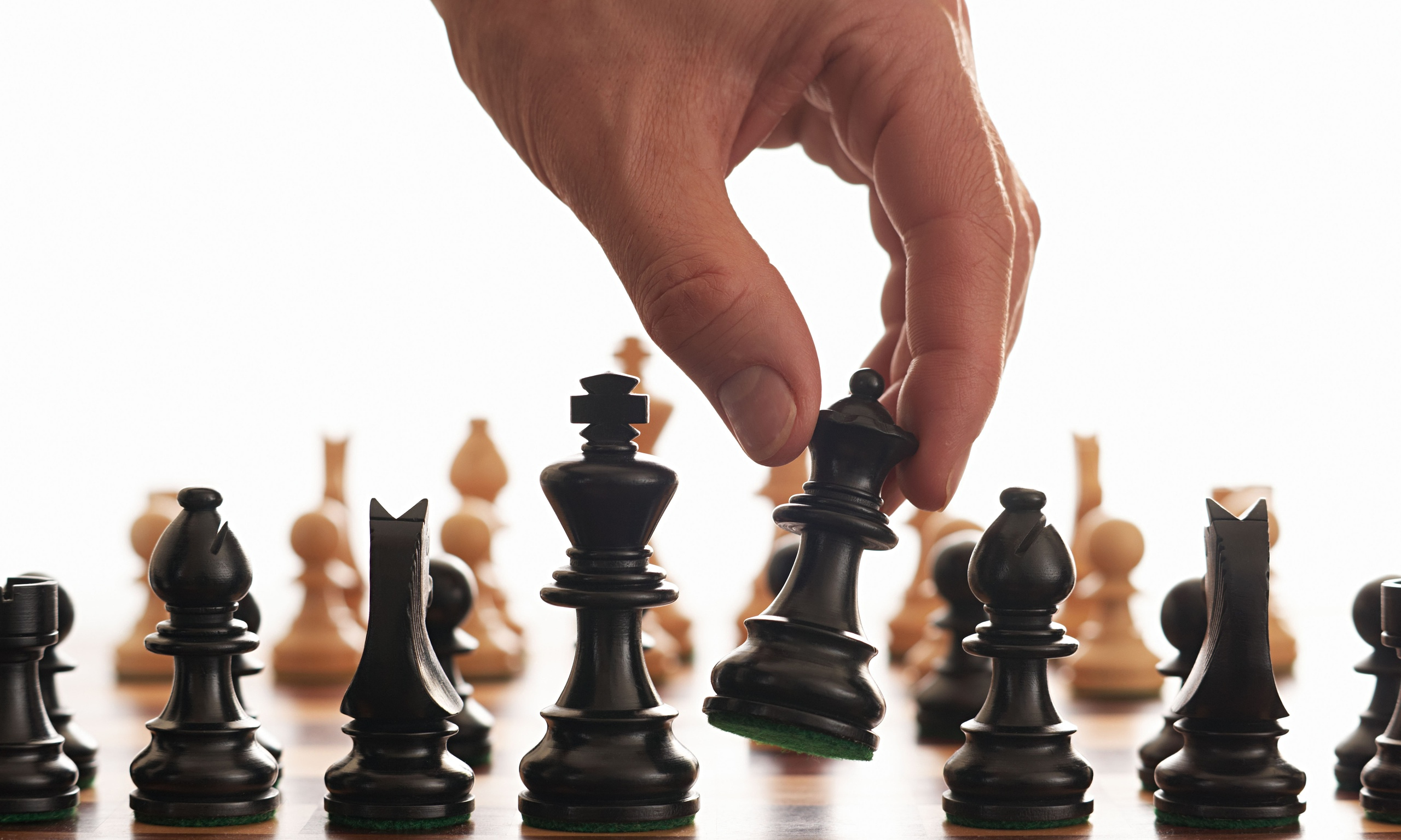 charvik-chess-pieces