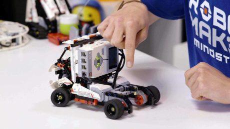 charvik-robotics-academy